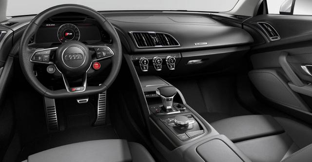 Napoli Motorshow mostra d'oltremare. Audi R8 coupe interni